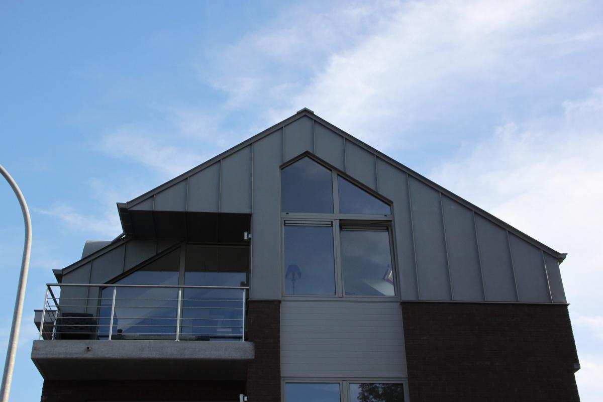 Zinken daken nieuw dak in zink prijsofferte - De naad bouwen ...